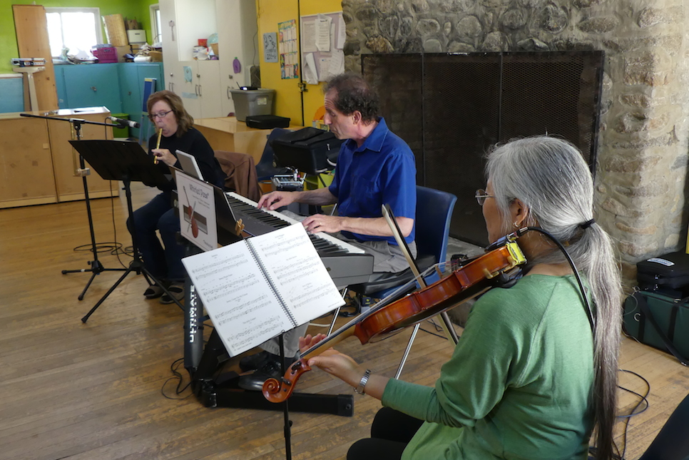 Culver City English Country Dance - musicians - Whirled Peas